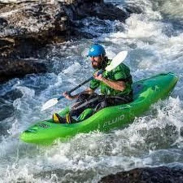 The Do It Now Has Some Serious Whitewater Credibility Allowing You To Run Water Up Grade 3 With Confidence So What Are Waiting For