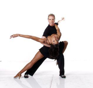 how to salsa dip dance