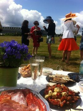 Royal Ascot learn about horse racing & luxury Nino Franco Prosecco