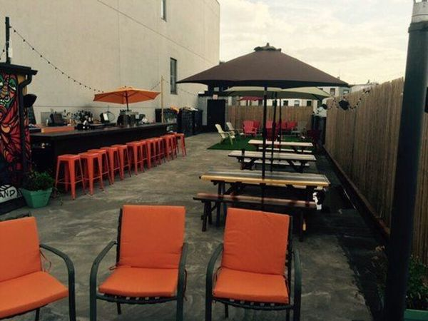 Happy Hour On The Rooftop At Living Room