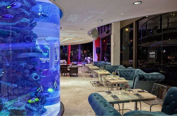 Awesome Happy Hour at Toshi\'s Living Room & Penthouse - 20-30\'s ...