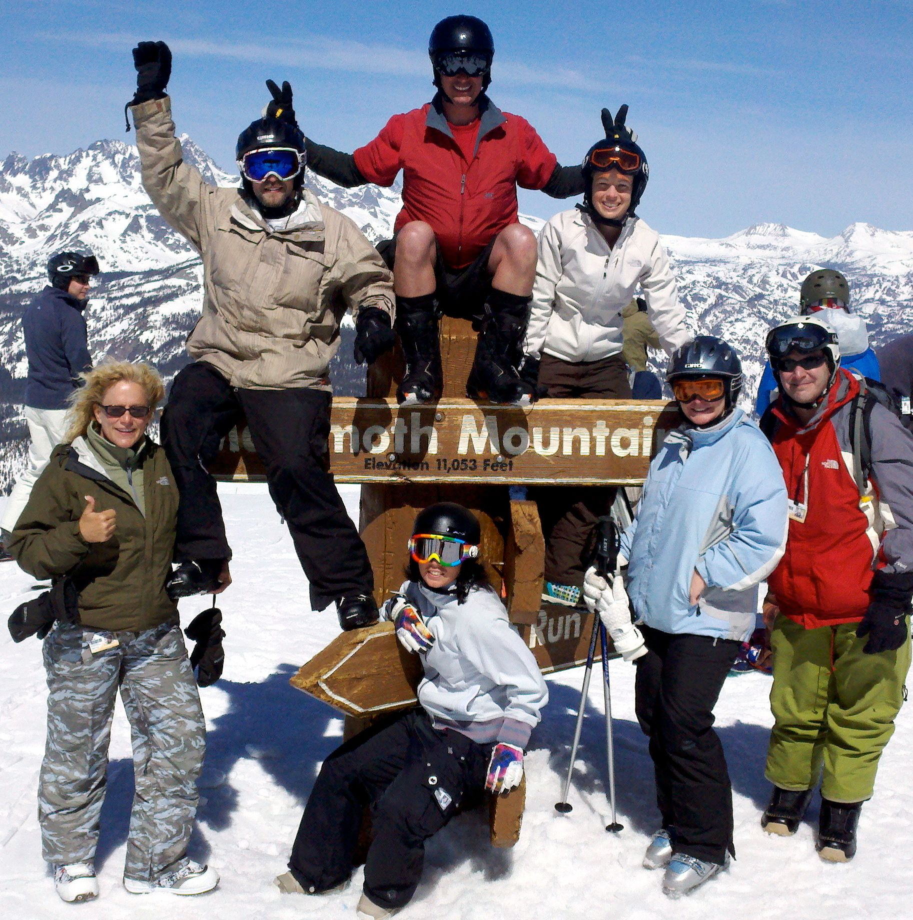 """Über Mammoth"" Skiing & Snowboarding Group"