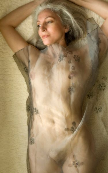 Sue Mature Nude 70